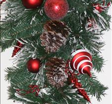 Card Winter pine cones n ornaments 2017