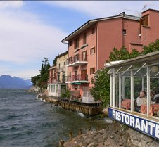 resturant on the water