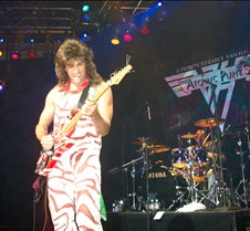 0995 Russ on lead guitar