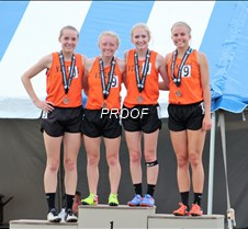 girls 400 relay team