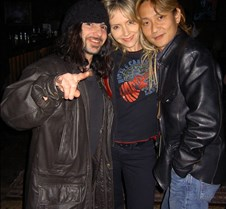 082 Coreen and Toshi with a friend