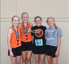 girls 800 relay team