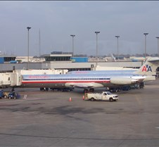 AA MD-80s at Concourse C