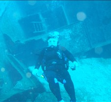 Melody in front of the wreck