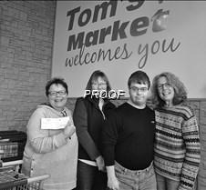 Tom's donation-bw