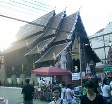 152 walking street-temple
