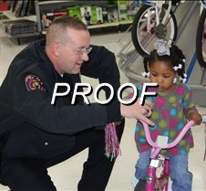 12-12-12 police shopping