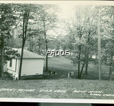 Dent-MN-Star-Lake-Ernies-Resort-ca-1950