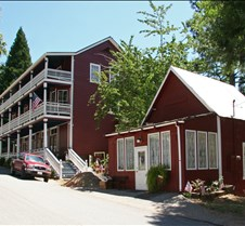 Dutch  Flat  California Updated 07-27-2010. A historic gold mining town in California's Sierra Nevada. Dutch Flat, Placer county, California, is located mid-way between Sacramento and Lake Tahoe, near Interstate Highway 80. Famous for its hydraulic mines, from which many tons of