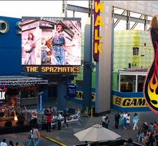 2004-06-25 Spazmatics @ Universal City Walk This was the first Friday I had open to attend the free weekly Spazmatics show at City Walk in Unviveral City, and boy did I have a great time.  People of all ages, from little kids to old geezers like me were all having fun.  And how can you not have fun