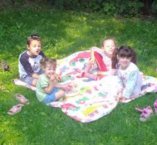 Picnik in Bubby's back yard