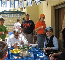 Yom Haatzmaut at the Chon's 2006 035