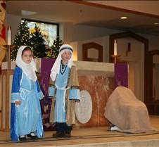 2017 12-22 Christmas KG Program (73)