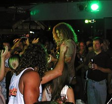 061_greeted_by_crowd