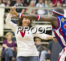 02-03-13_globetrotters_12