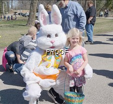 Barsness, meeting the Easter Bunny