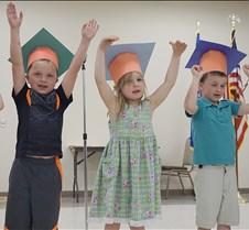 Kindergarten grad color
