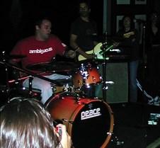018_drumming