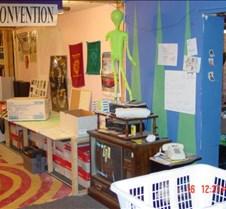 trivia2002-Basement-Day-New-Desks4