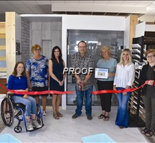 ribbon cutting at Home Center