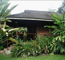 PV_Cariblue_bungalow_side