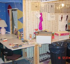 trivia2002-Basement-Day-New-Desks3