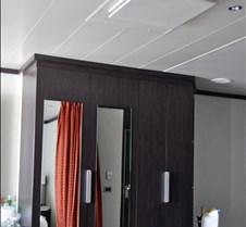 AJ Suite 12532 Closet