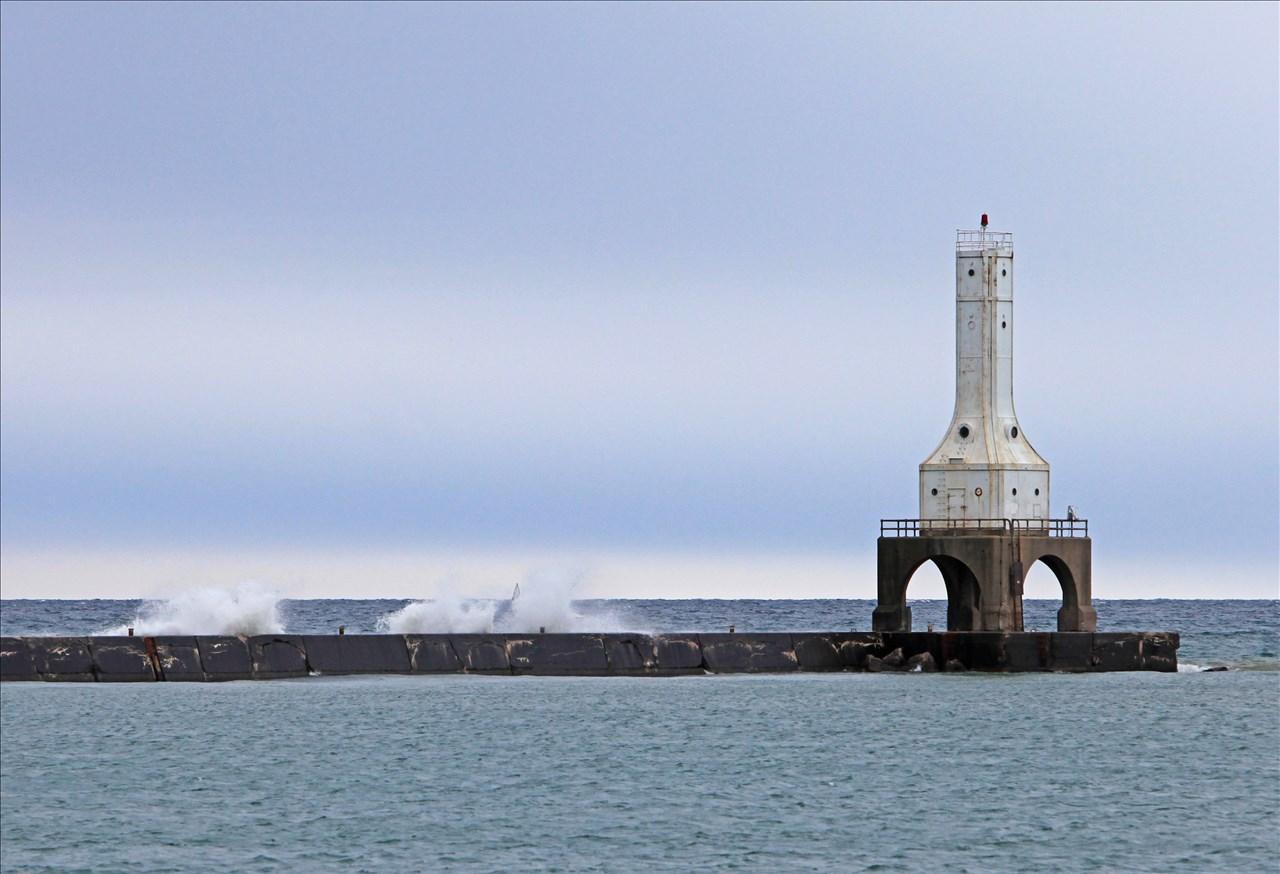 Dotphoto album rickparkerphoto wisconsin lighthouses for Port washington wi